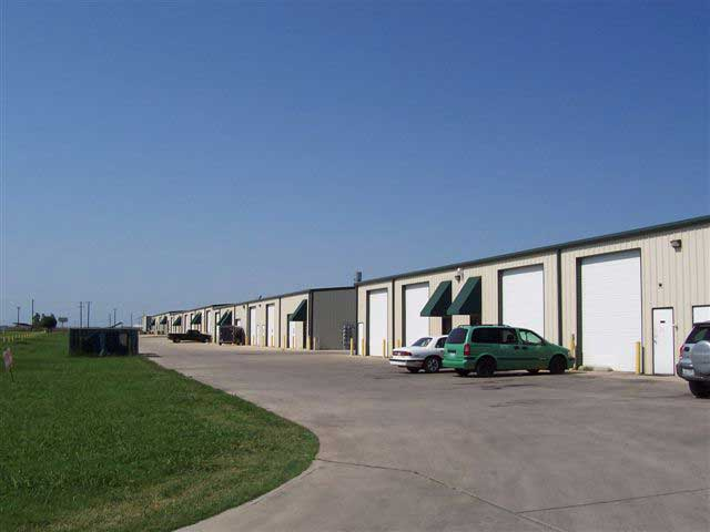 rent commercial property Tarrant County