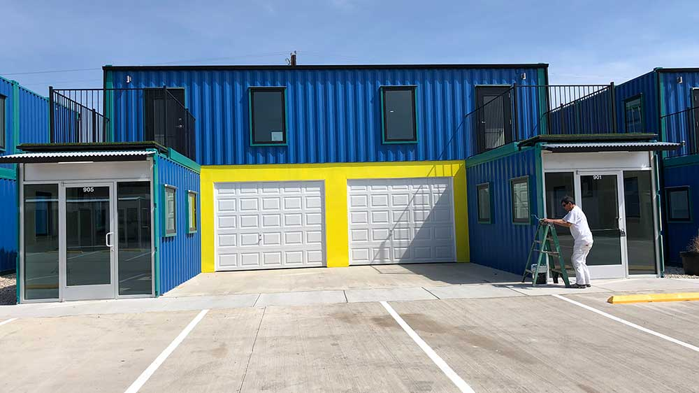 A warehouse for rent for small businesses is available in Tarrant County. Call us for details.