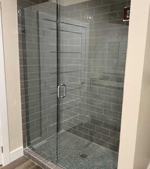 1,600 sq ft upstairs apartment with shower.