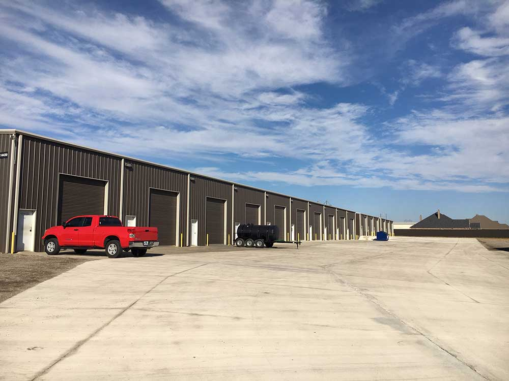 Warehouse for rent at Avondale Industrial Park